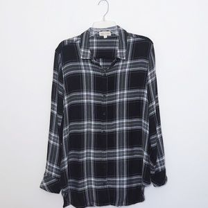 ✨ Cloth & Stone plaid black/white button down ✨